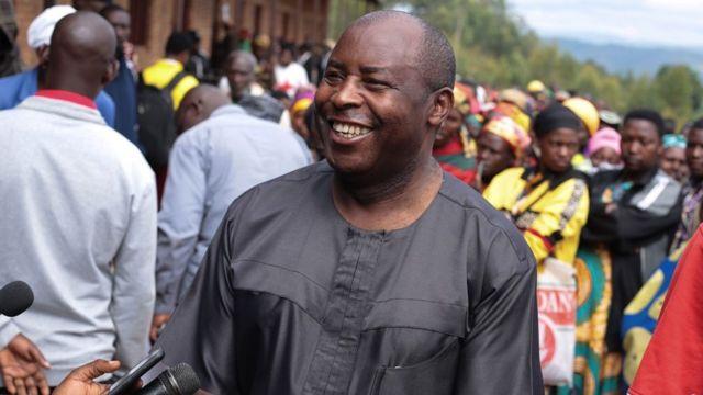 Evariste Ndayishimiye: qui est le nouveau président du Burundi - BBC News  Afrique