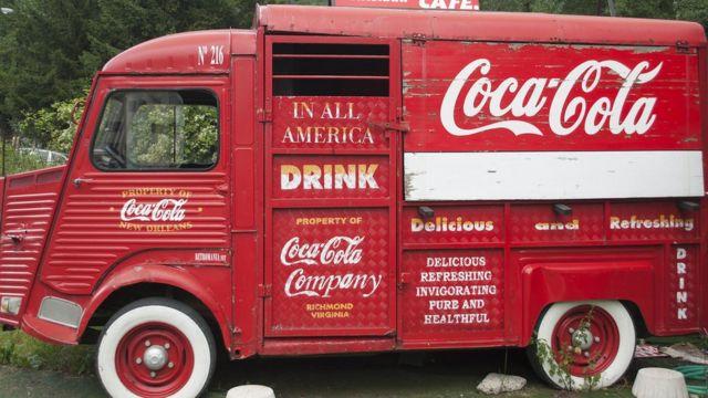 Camión de Coca-Cola antiguo