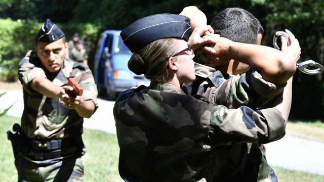 жандармерия, Франция, резервисты