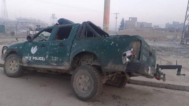 این خودرو پلیس نیز صبح امروز هدف مین مغناطیسی قرار گرفت
