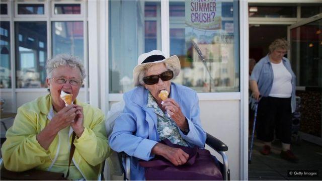 La vie des personnes âgées ne doit pas nécessairement être faite de maladies et d'affections