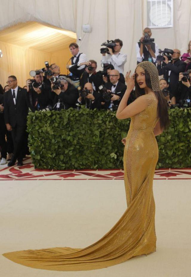 Glumica Olivija Man zadivila je dugom haljinom