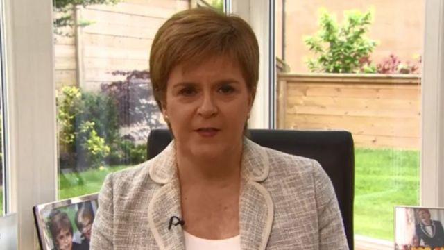 Brexit: Nicola Sturgeon says SNP 'most consistent'