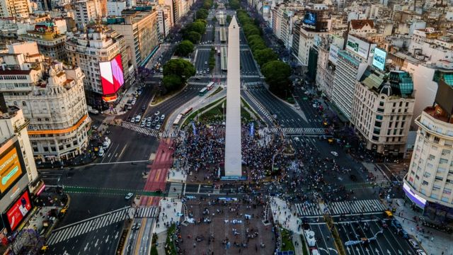 Fans gather around the Obelisk of Buenos Aires to cheer and pay tribute