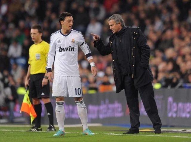 Mesut Özil ve Jose Mourinho