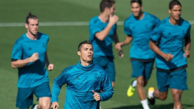 Cristiano Ronaldo and teammates training