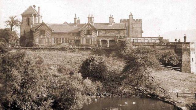 Shibden en 1880.