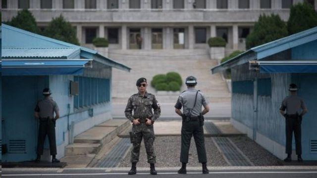 Сеул менен Пхеньян Панмунжом кыштагында бир нече жолу тарыхый сүйлөшүүлөрүн өткөргөн