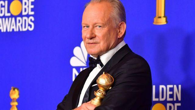 """El actor sueco Stellan Skarsgård ganó como Mejor actor de reparto en una miniserie por su papel en """"Chernobyl""""."""