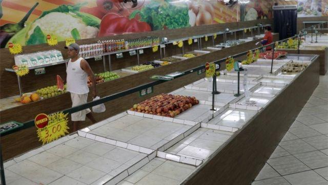 Mercado no Rio de Janeiro nesta segunda, 28 de maio