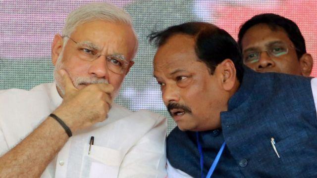 नरेंद्र मोदी के साथ रघुबर दास