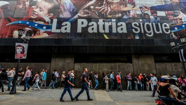 Colas en Caracas