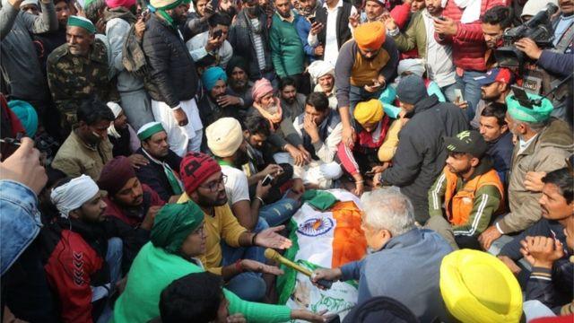 کسان دہلی میں احتجاج