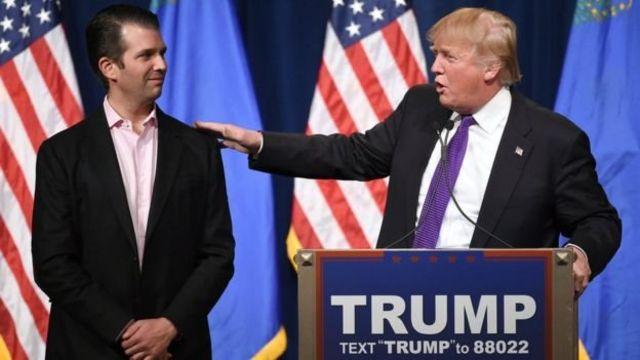 Трамп с сыном Дональдом-младшим во время президентской гонки 2016 года