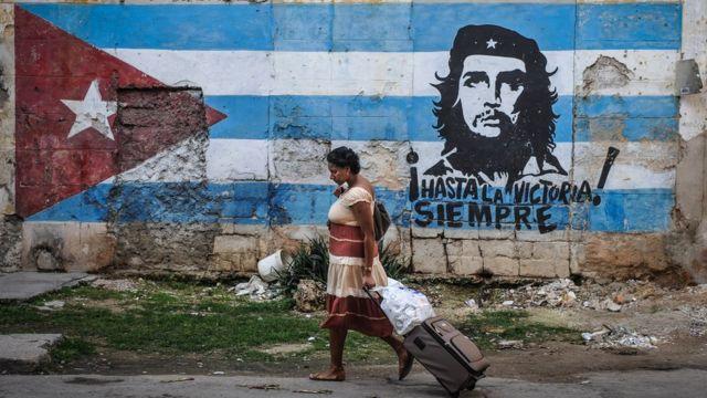 A mural of Che Guevara in Havana