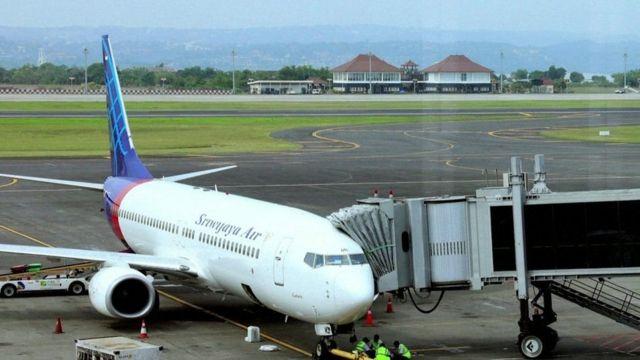 تصویری آرشیوی از یکی از هواپیماهای بوئینگ شرکت هواپیمایی سریویجایا ایر در باند فرودگاه جاکارتا