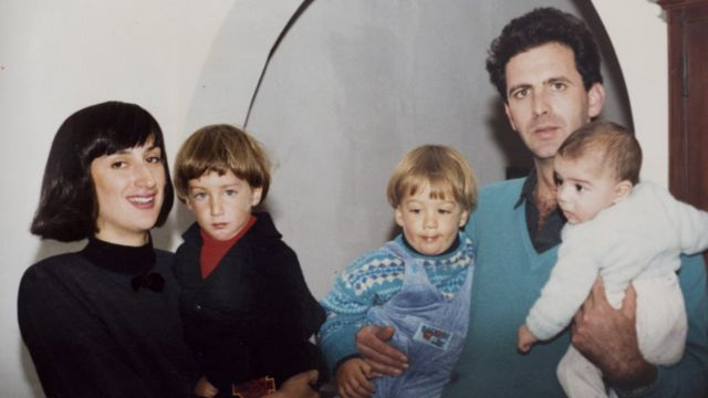 A collect photograph from 1989 of Peter and Daphne Caruana Galizia with their sons (L-R) Matthew, Andrew and Paul