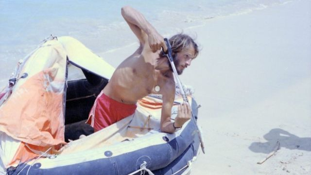 Steve Callahan após chegada à terra