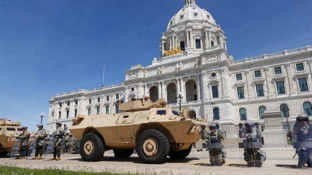 Minnesota National Guard outside State Capitol building in St Paul, 31 May 20
