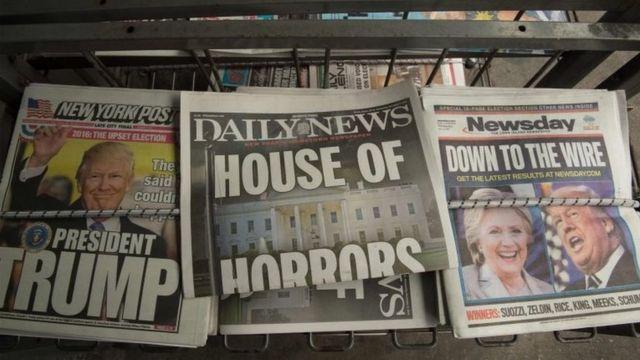 Manchetes de jornais em Nova York