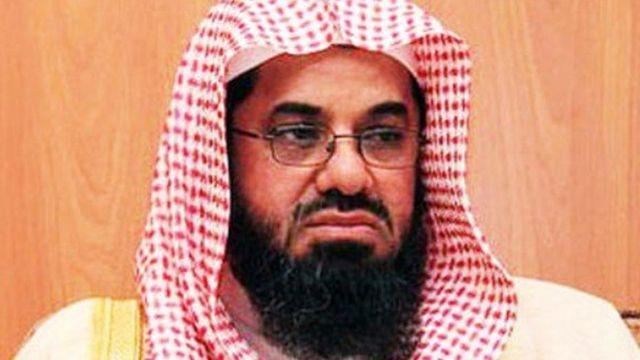ما سر اختفاء إمام الحرم المكي من تويتر؟