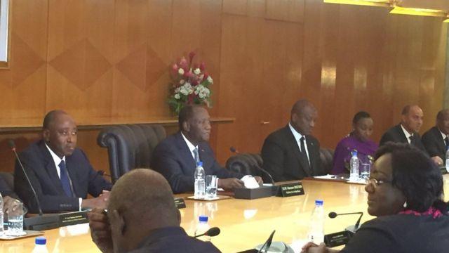 Conseil des ministres présidé par Alassane Ouattara, un peu après son retour d'Accra