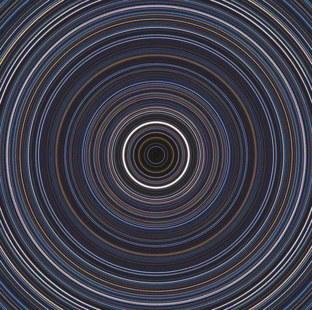 مسارات النجوم