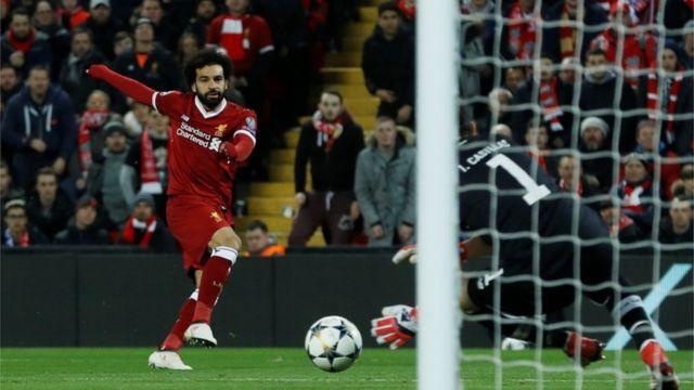 Mohammed Salah gba bọọlu si ojule kan