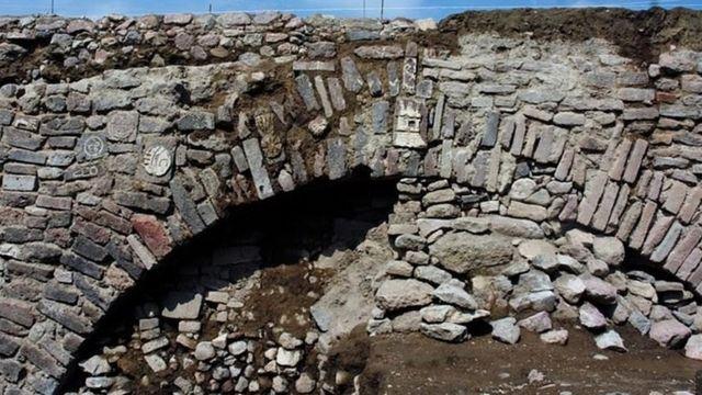 ซากของอุโมงค์ระบายน้ำโบราณ มีอายุเก่าแก่ราว 600 ปี