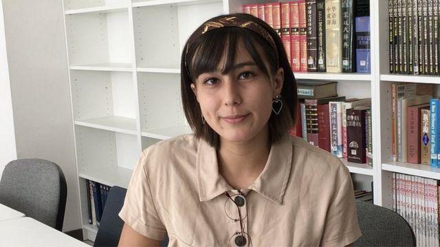 Sinh viên Anna