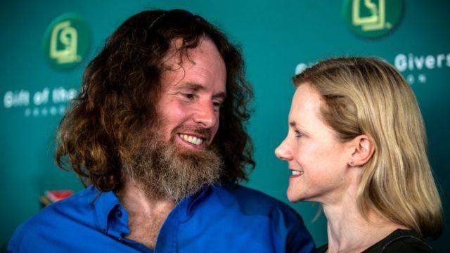 Stephen McGown y su esposa Catherine.