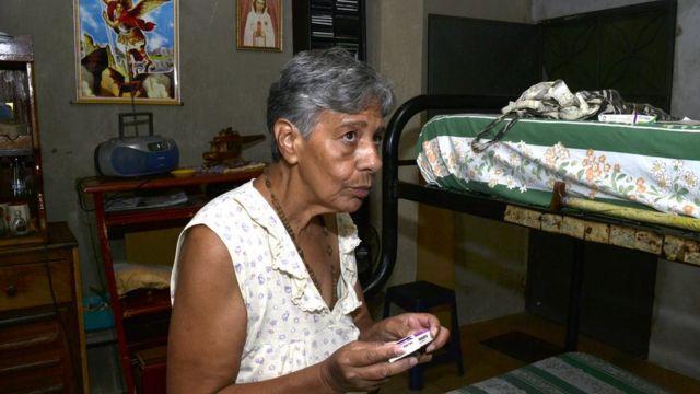 Norma Mújica en su casa