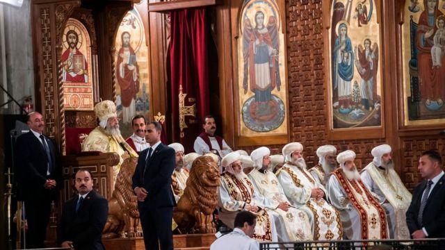 Патриарх коптской православной церкви в Египте Феодор II также провел Пасхальное богослужение в Соборе Святого Марка в Александрии