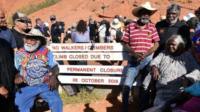 Anangu man Uluru