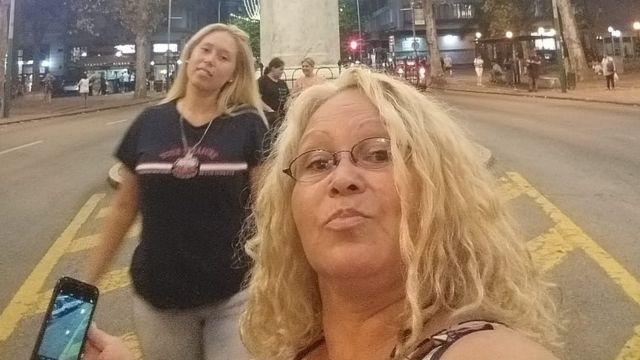 Karina Núñez junto a su hija universitaria, Valeska.