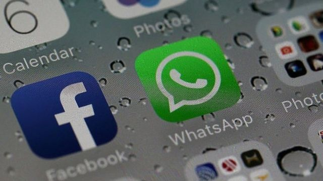 Facebook and WhatsApp icon