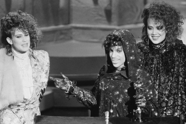 Prince with Wendy and Lisa at the 1985 Oscars