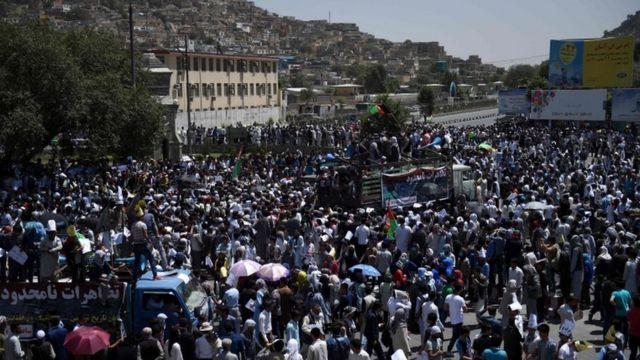 La explosión ocurrió durante una manifestación de los hazara en Kabul.