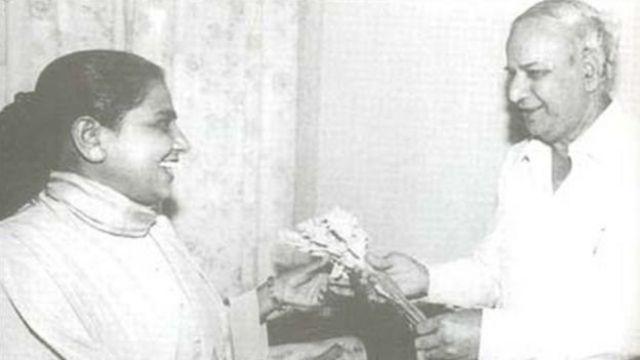 மாயாவதியையும், முலாயமையும் எதிரியாக்கிய 'விருந்தினர் விடுதி'