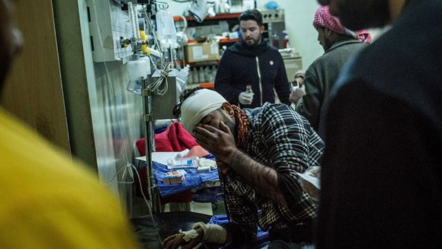 صورة جريح في مستشفى عقب الهجمات