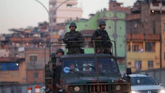 Militares no Complexo da Maré