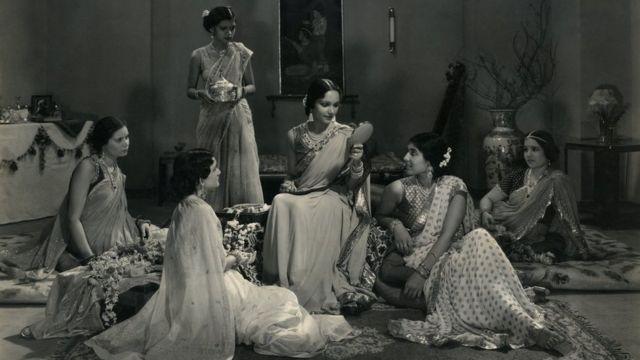 1935లో విడుదలైన 'జవానీ కీ హవా' సినిమాలోని ఓ దృశ్యం