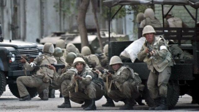 Армия на позиции в Андижане
