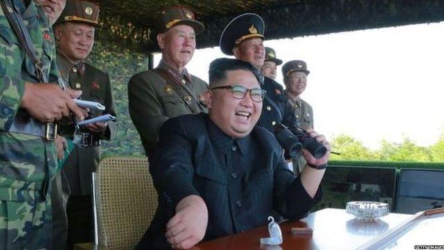 उत्तर कोरियाचे हुकूमशहा किम जोंग-उन