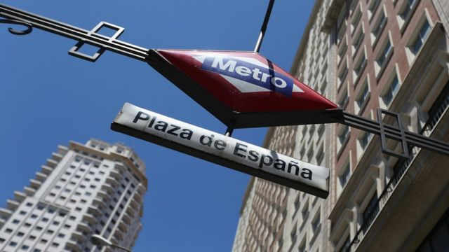 Free Madrid metro passes for transgender people