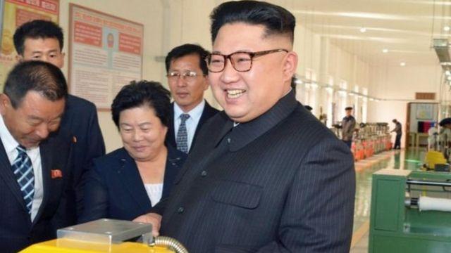 रिपोर्ट में कहा गया है कि उत्तरी कोरिया के नेता किम जोंग उन के सामने ही परीक्षणों को अंजाम दिया जाता है.