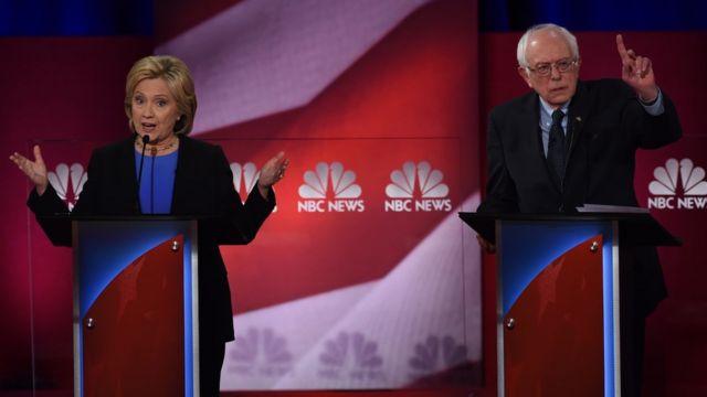 Hillary Clinton akishiriki mdahalo na mpigani wake mchujo wa Democratic Seneta Bernie Sanders Januari 17, 2016