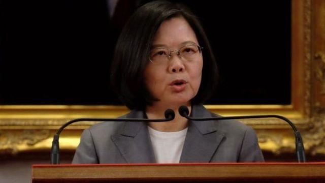 Tổng thống Thái Anh Văn cho biết không việc gì phải hốt hoảng về việc tàu chiến Mỹ đi qua eo biển Đài Loan.