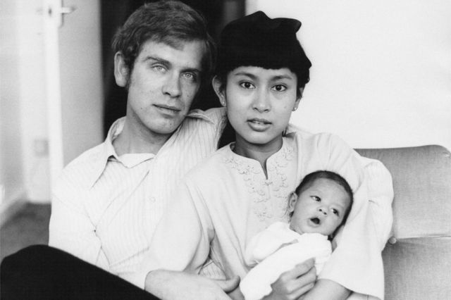 Aung San Suu Kyi con Michael Aris, su esposo