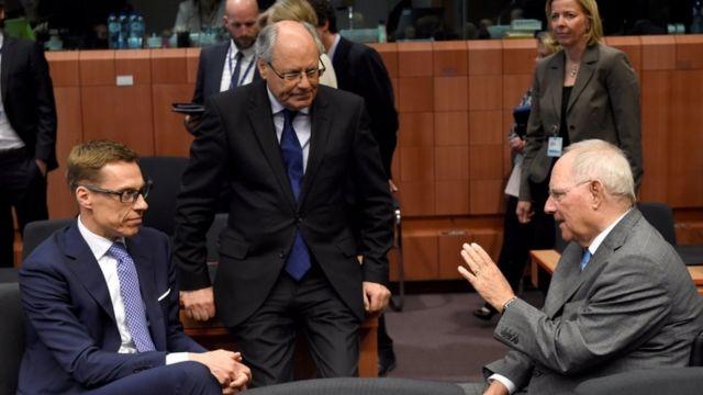 ユーロ圏財務相会合は深夜まで続いた